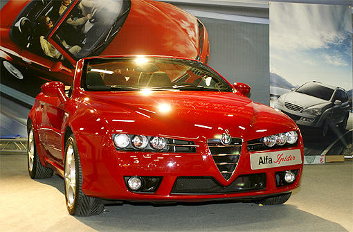 全台独一 Alfa Romeo Spider 3.2 JTS 298万热情演出