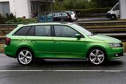 Škoda Fabia Combi輕偽裝測試車海外現身,5門掀背版最快明年第1季引進