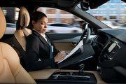談Tesla自動駕駛意外事件,Volvo執行長表示:先把半自動駕駛系統精進