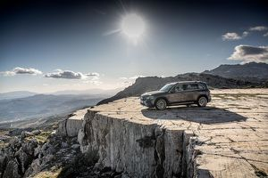 2020 Mercedes-Benz GLB35 AMG 4Matic 原廠圖集