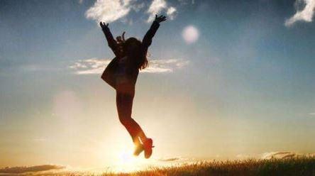 人生,可以不富有,但一定要快樂